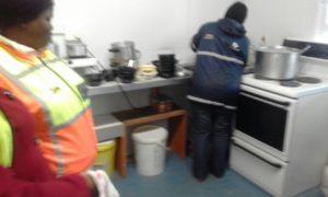 Nyanga NHW helps out at Gogo's Kitchen for Mandela Day