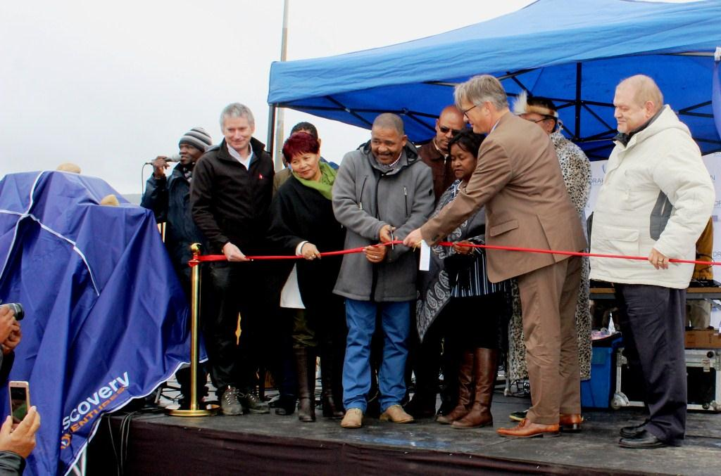 Official ribbon cutting opening Chicago Freedom Park!