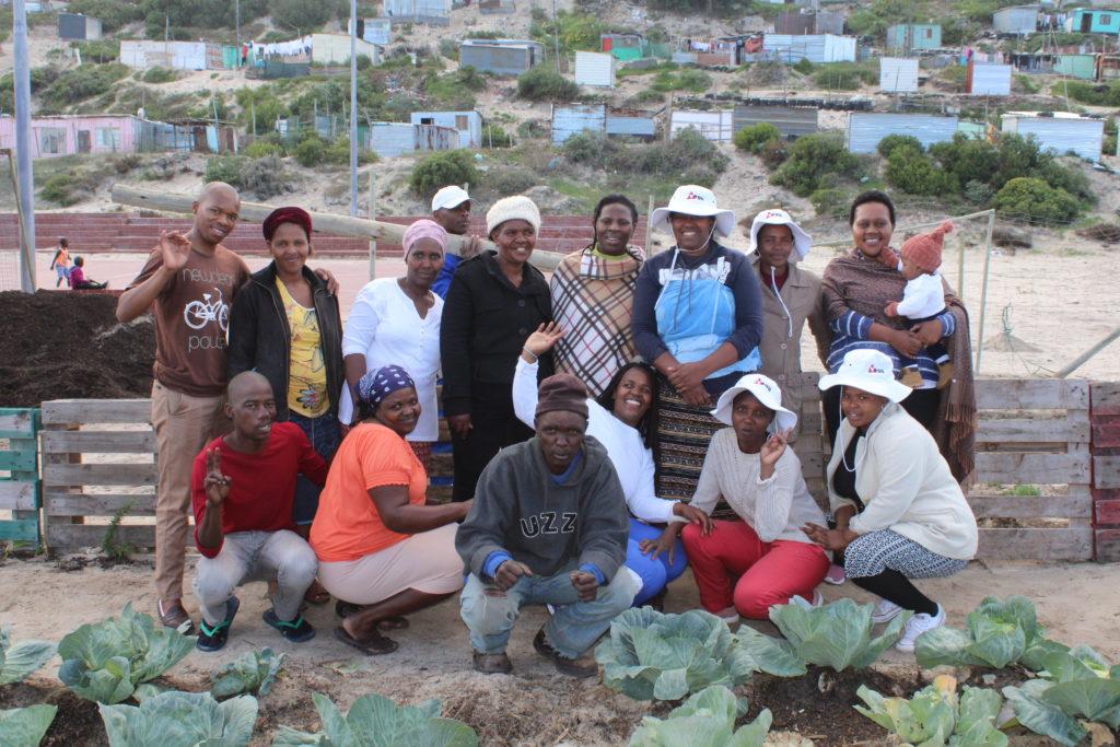 Manzi Gardening Team
